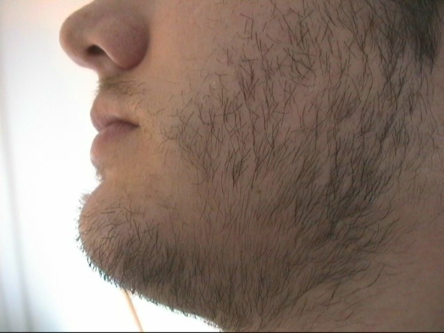 Carve A Cheek And Neck Line To Have The Illusion Of Fuller Beard