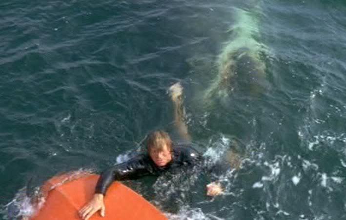 Jaws-1 man in the pond jaws underwater 1975.jpg