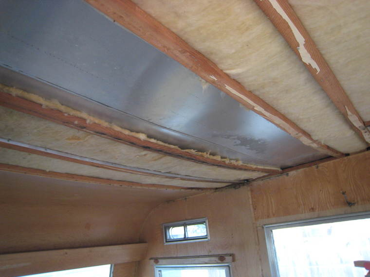 how to fix a leaking roof on a travel trailer