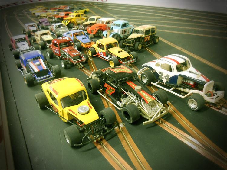 Dirt oval slot cars
