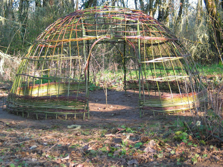 how to build a willow dome