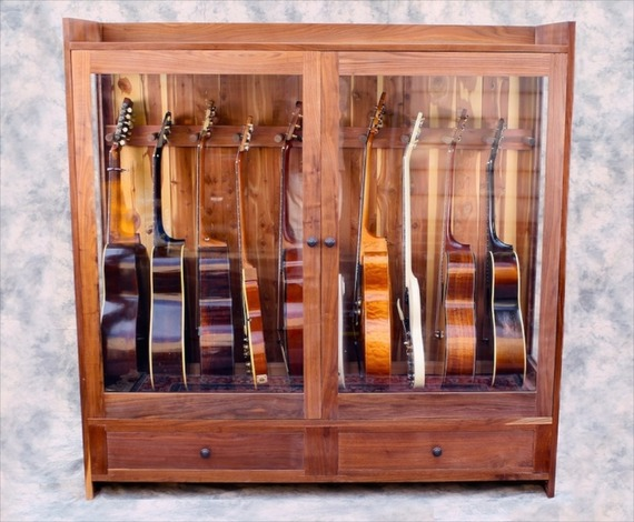 Charmant We Build Humidified And Dehumidified Display Cabinets For Guitars,  Mandolins, And Other Stringed Instruments. Theyu0027re Handmade From Solid  Hardwood, ...