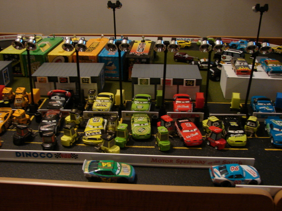 Speedway Of The South Diorama In Collector 39 S Showcase Forum