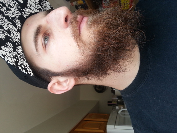 Grow A Nice Looking Beard At The Moment I Just Hen To Like Mine Short