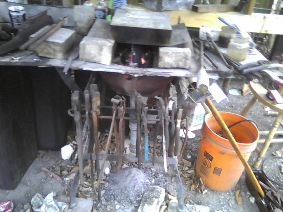 Fire Brick Foundry : Charcoal forge users question in foundry archive