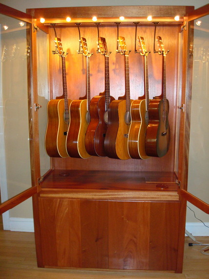 I Had This Unit Built, It Hangs Six Guitars On Top, And Three In The Cabinet  Underneath. Built In Humidifier That Keeps It A Pleasant 45   50% RH.