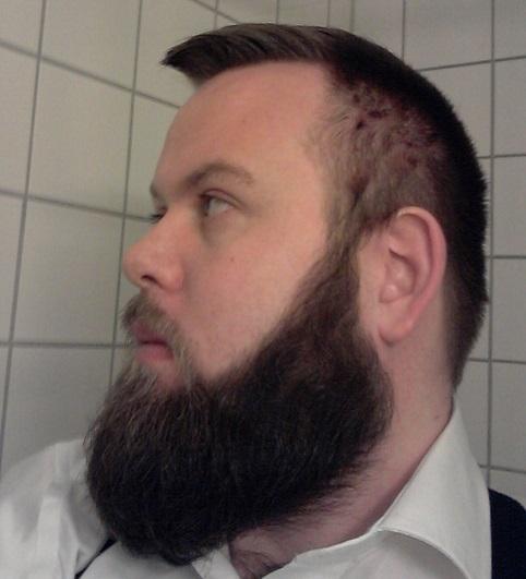 Short Side Hair For Medium Stubble Beard