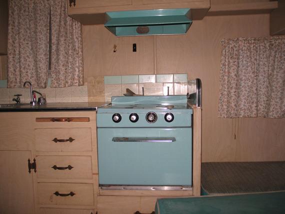 mobile scout repair repairingyesterdaystrailers. Black Bedroom Furniture Sets. Home Design Ideas