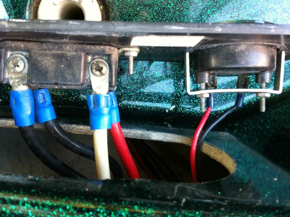 trolling motor battery issues 1997 pantera ii in basscat boats forum it drains quicker and then even though battery 2 still has 12 volts together they are no longer enough to power the trolling motor strongly