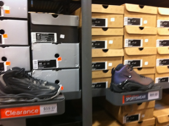 Nike Factory Store store in Tucson, Arizona AZ address: N LaCholla Blvd, Tucson, Arizona - AZ Find shopping hours, get feedback through users ratings and reviews. Save money.3/5(1).