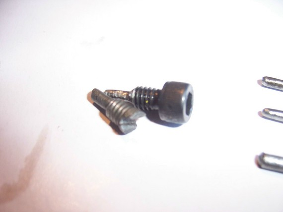 how to get a bent screw out
