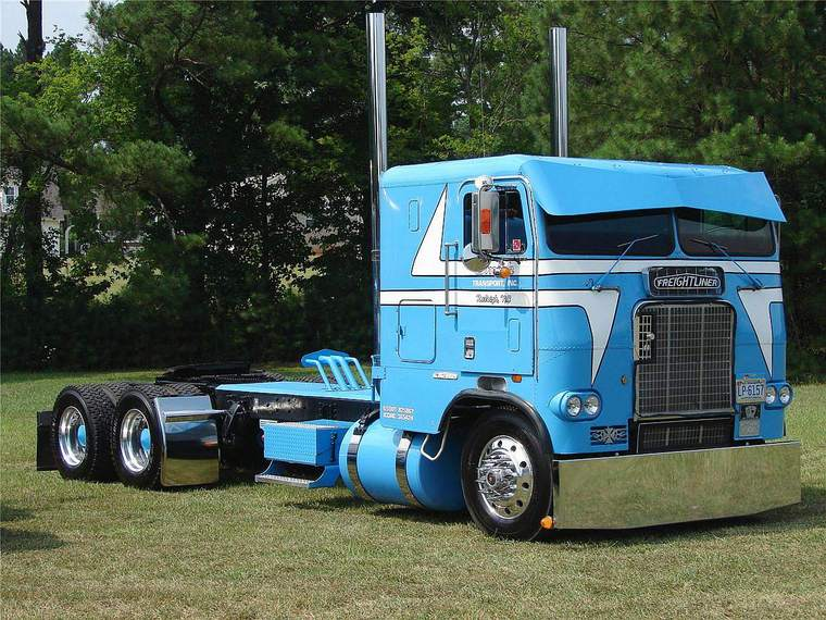 Cabover Trucks Tow411