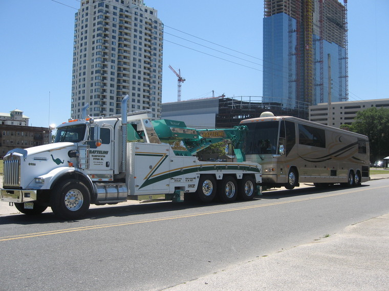 45ft prevost custom coach in motor coach emergency for Motor city towing detroit